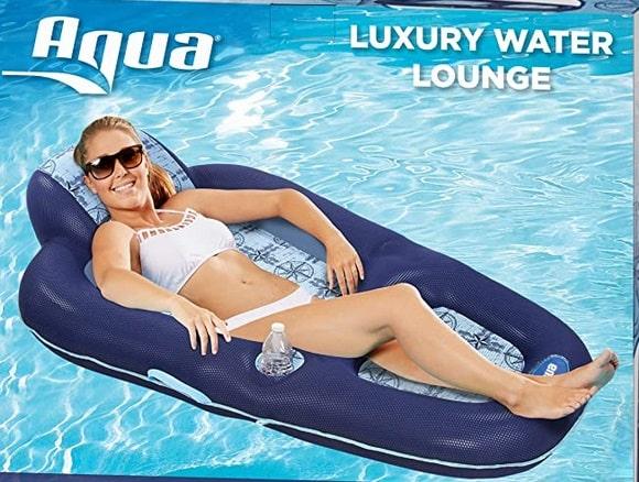Aqua Luxury Water Lounge